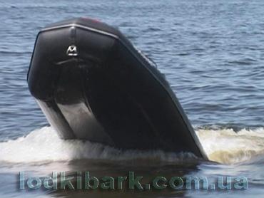 моторная лодка Барк выход на глиссирование